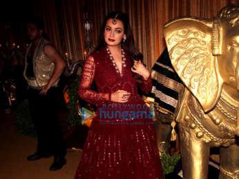 Dia Mirza, Urvashi Rautela and Nagma grace Nawab of Kurnool Adnan Ul Mulk & Nida Faroogqui's 'Mehendi Musical Night'