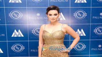 Evelyn Sharma, Sonal Chauhan, Dino Morea and others grace Rivers To Ocean restaurant launch