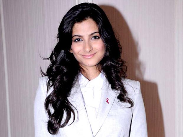 Here's what Rhea Kapoor has to say about Priyanka Chopra and her rumoured boyfriend Nick Jonas