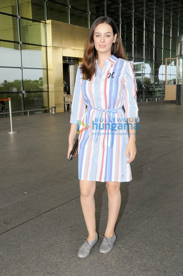 Evelyn Sharma snapped at the airport