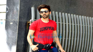 Kartik Aaryan spotted at gym in Bandra
