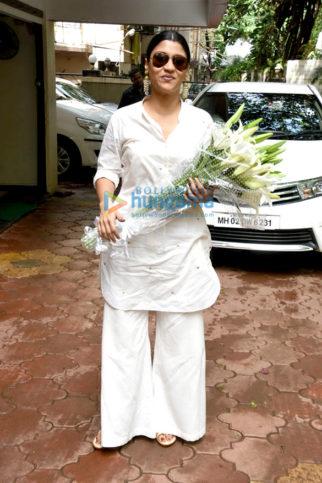 Konkona Sen Sharma, Shankar Mahadevan snapped at Eid Party