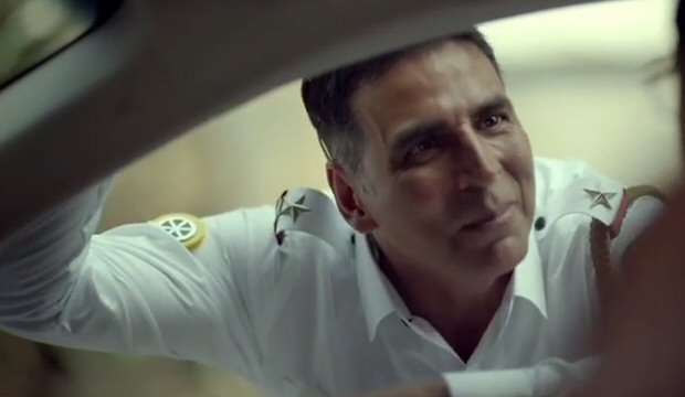 MUST WATCH: Akshay Kumar turns traffic cop for road safety campaign