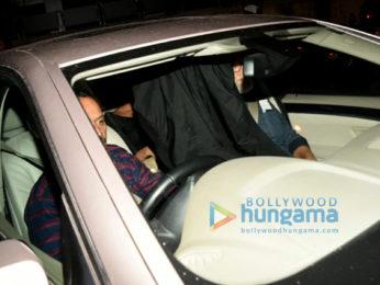 Nick Jonas and Priyanka Chopra arrive from US