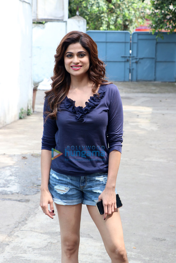 Shamita Shetty snapped on the location of a shoot