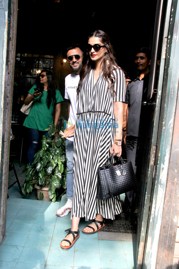 Sonam Kapoor and Anand Ahuja spotted at Pali Village Cafe in Bandra