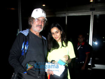 Aamir Khan, Kriti Sanon, Sophie Choudry and others snapped at the airport
