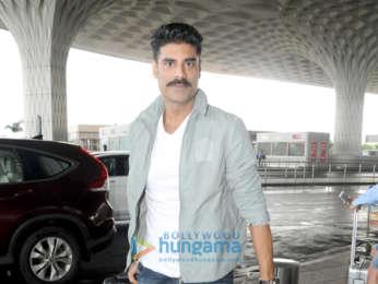 Aishwarya Rai Bachchan, Jackie Shroff, Jackky Bhagnani and others snapped at the airport