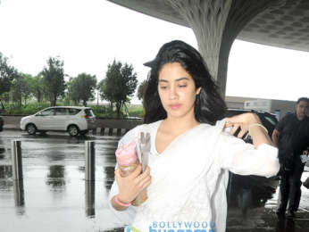 Ishaan Khatter, Janhvi Kapoor and others snapped at the airport