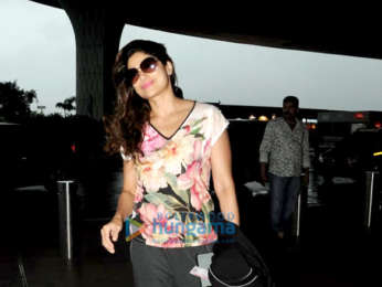 Pooja Hegde, Shamita Shetty and Karishma Tanna snapped at the airport