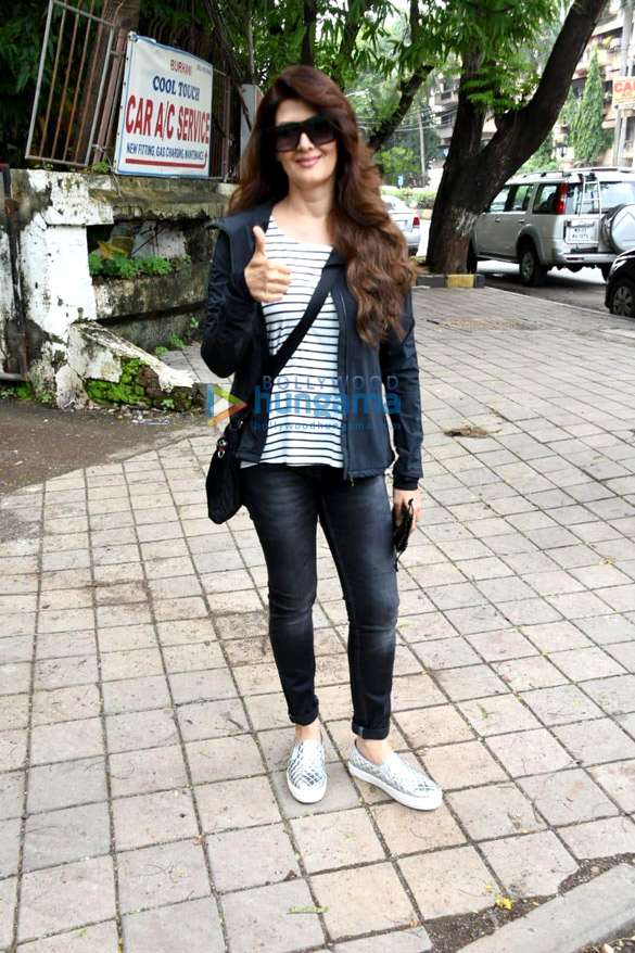 Sangeeta Bijlani spotted at Kromakay in Juhu