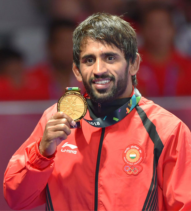 Asian Games 2018: Farhan Akhtar, Anil Kapoor and other Bollywood celebs congratulate Bajrang Punia on his gold medal win
