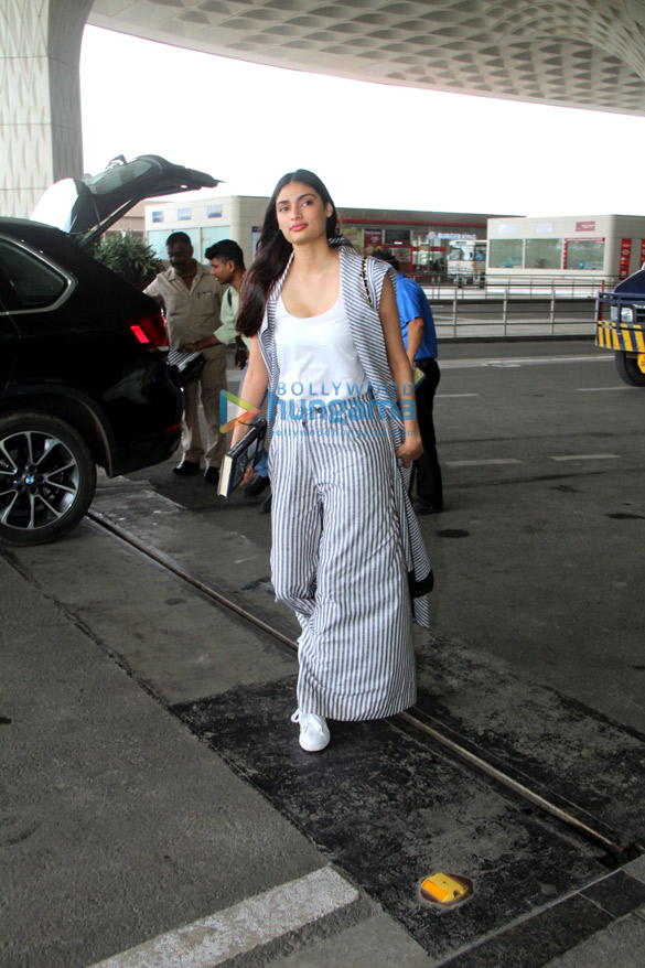 Athiya Shetty snapped at the airport