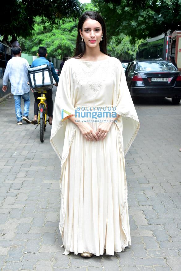 Avinash Tiwary and Tripti Dimri snapped promoting 'Laila Majnu'