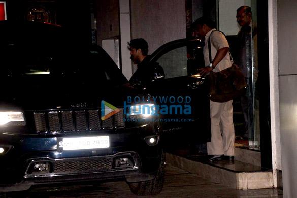 Farhan Akhtar snapped in Bandra