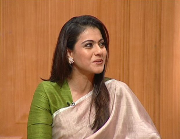 From BITCHING about Shah Rukh Khan on his face to looking for a GROOM for Karan Johar Kajol's 5 UNMISSABLE confessions on Aap Ki Adalat