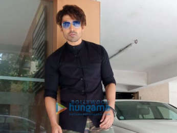 Gurmeet Choudhary snapped during Paltan promotions