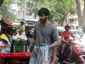 Harshvardhan Kapoor snapped at Kitchen Garden in Bandra