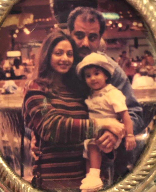 Janhvi Kapoor remembers her mom Sridevi with a throwback picture on her birth anniversary