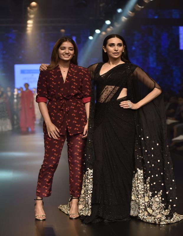 Karisma Kapoor with Arpita Mehta