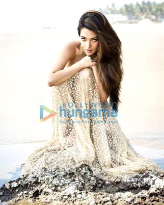 Celebrity Photo Of Riya Sen