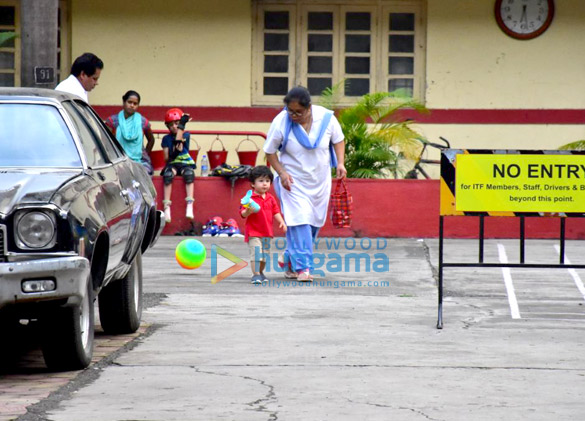 Saif Ali Khan and Taimur Ali Khan snapped playing football (3)