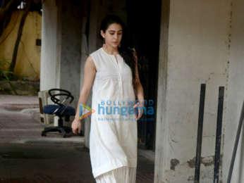Sara Ali Khan snapped at the gym in Khar