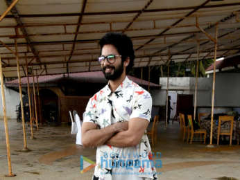 Shahid Kapoor snapped at Juhu