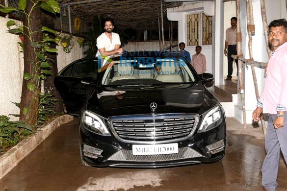 Shahid Kapoor snapped in Mumbai