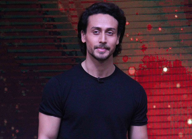 """""""If you are really a fan please don't do anything you will regret later - Tiger Shroff"""