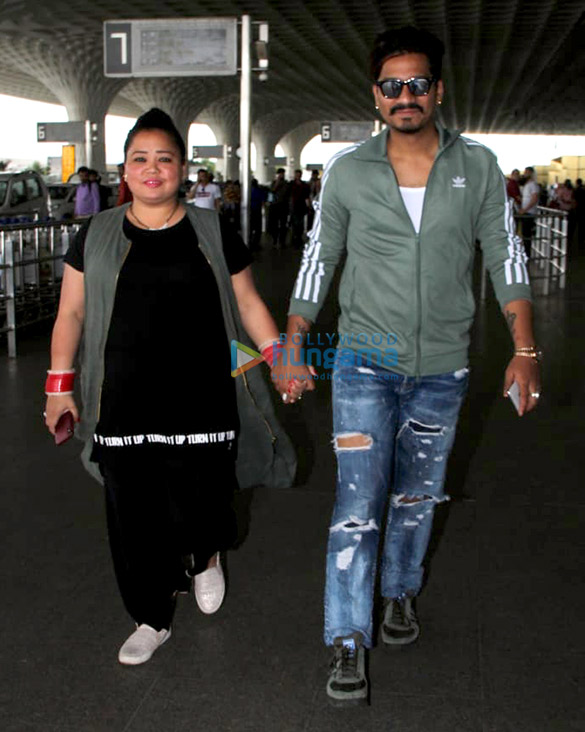 Abhishek Bachchan, Taapsee Pannu and others snapped at the airport1 (1)