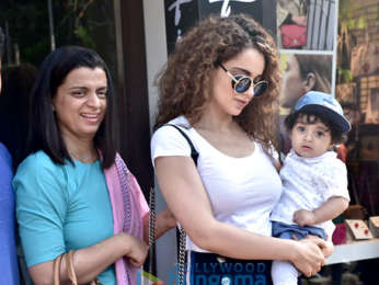 Kangana Ranaut snapped with her family at Bastian