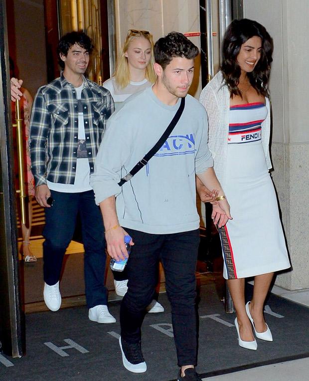 Priyanka Chopra with Nick Jonas leaving for US Open (6)