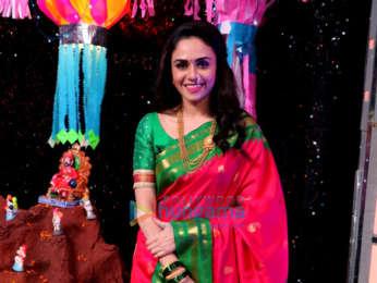 Amruta Khanvilkar snapped on sets of the show Marathi Super Dancer