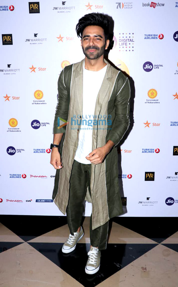 Aparshakti Khurana and Amyra Dastur spotted at PVR Juhu attending the 20th Jio MAMI Film Festival 2018 (3)