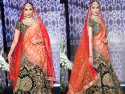 FULL Beautiful Karisma Kapoor set the RAMP at The Wedding Junction Show