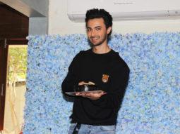MUST-WATCH-Aayush-Sharma-Grand-Birthday-Celebration-and-Cake-Cutting
