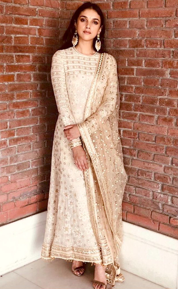 Aditi Rao Hydari in Taun Tahiliani for India Bridal Fashion Store Launch in Jaipur (4)