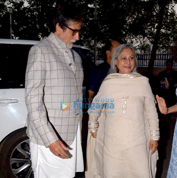 Amitabh Bachchan and Jaya Bachchan snapped at the launch of Siddharth Shanghvi's new book 'The Rabbit & The Squirrel' at 9th edition of Tata Literature Live (5)