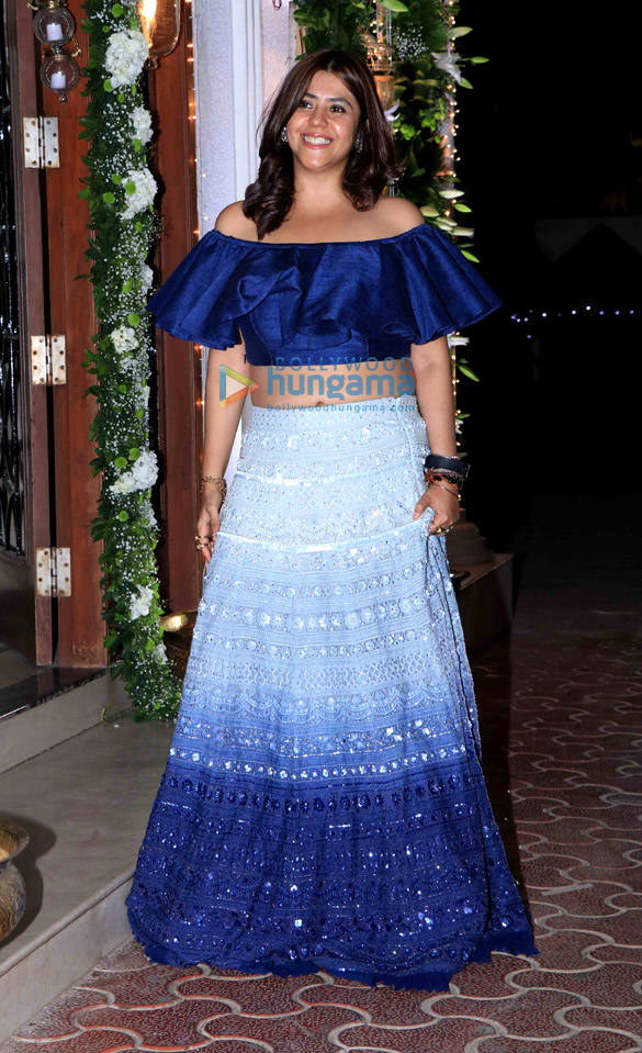 Celebs grace Shilpa Shetty's Diwali party-27