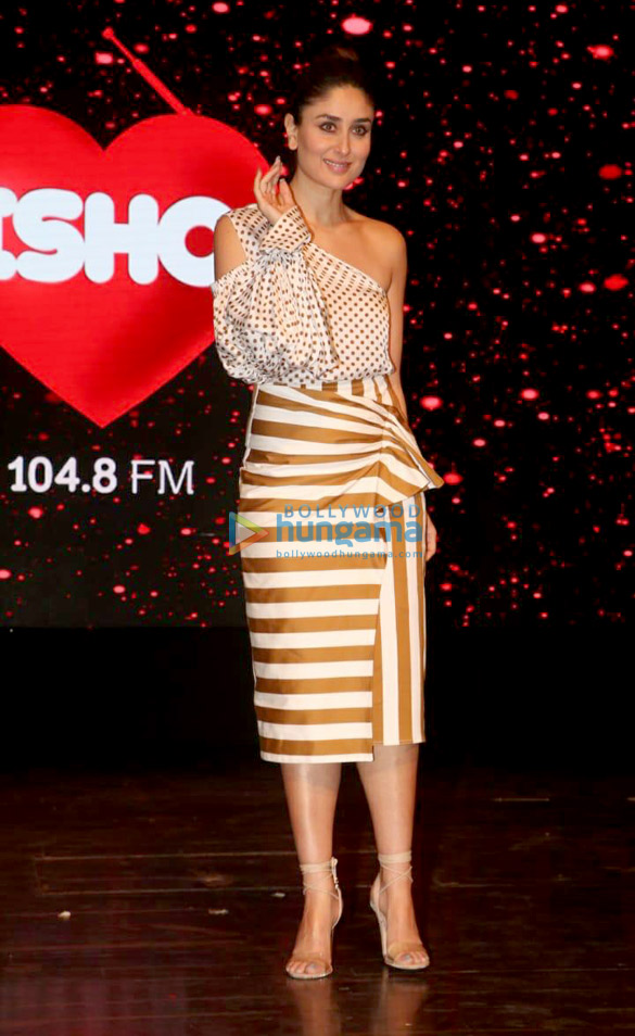 Kareena Kapoor Khan snapped at the launch of 'What Women Want' show of Ishq 104.8 FM (2)