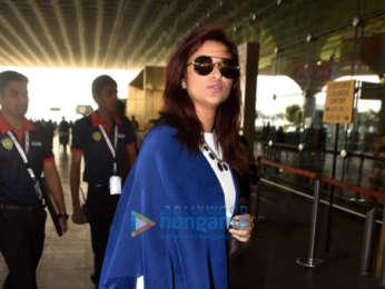 Priyanka Chopra, Nick Jonas, Parineeti Chopra and others snapped at the airport