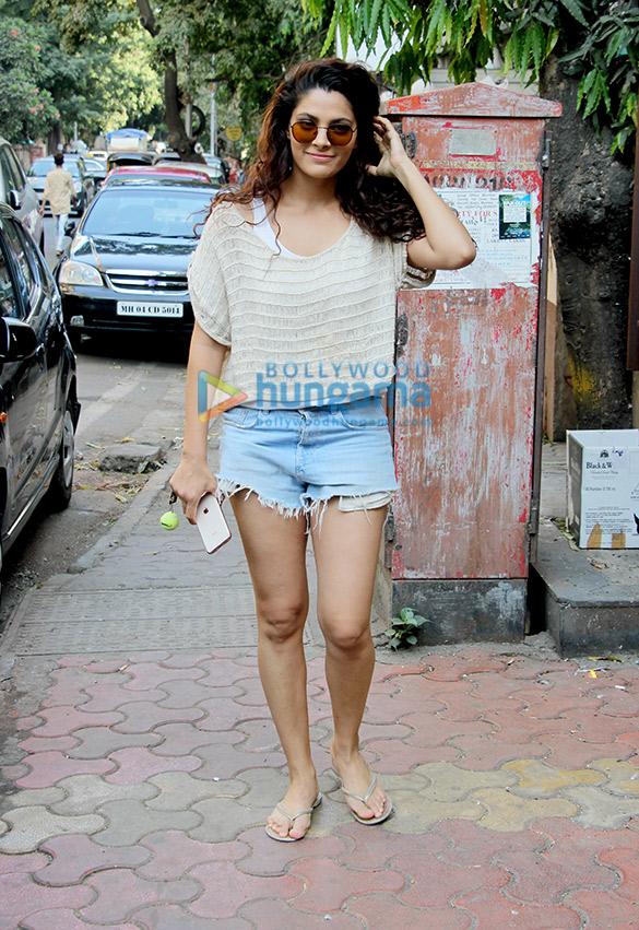 Saiyami Kher snapped at Indigo Delicatessen