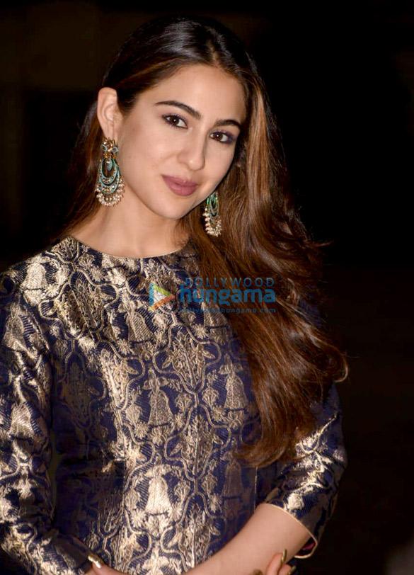 Sara Ali Khan snapped at Reliance Studio (2)
