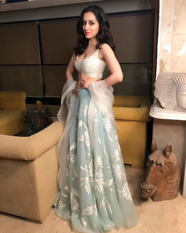 Shraddha Kapoor in Abu Jani - Sandeep Khosla for Diwali 2018 bash (1)