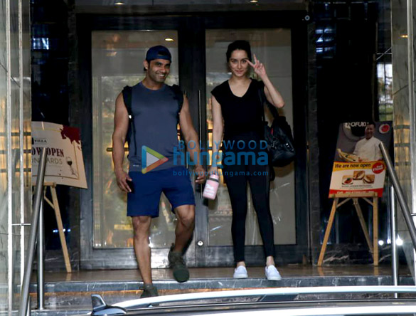 Shraddha Kapoor spotted at a gym in Bandra (3)