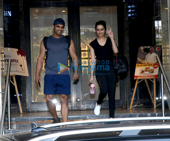 Shraddha Kapoor spotted at a gym in Bandra (5)
