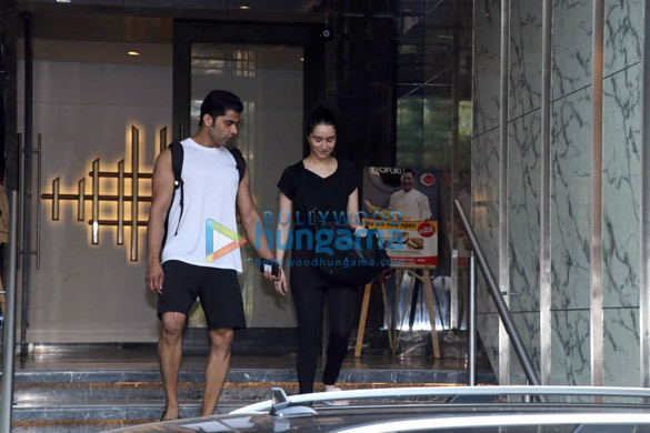 Shraddha Kapoor spotted at the gym in Juhu (5)