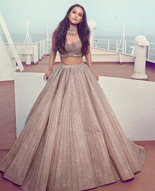 Sonakshi Sinha in Falguni and Shane Peacock for HELLO! magazine photoshoot (5)