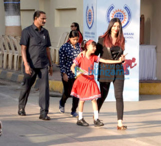 Aaradhya Bachchan, Aishwarya Rai Bachchan, Abhishek Bachchan, Gauri Khan snapped at Dhirubhai Ambani International School Annual Day 2018